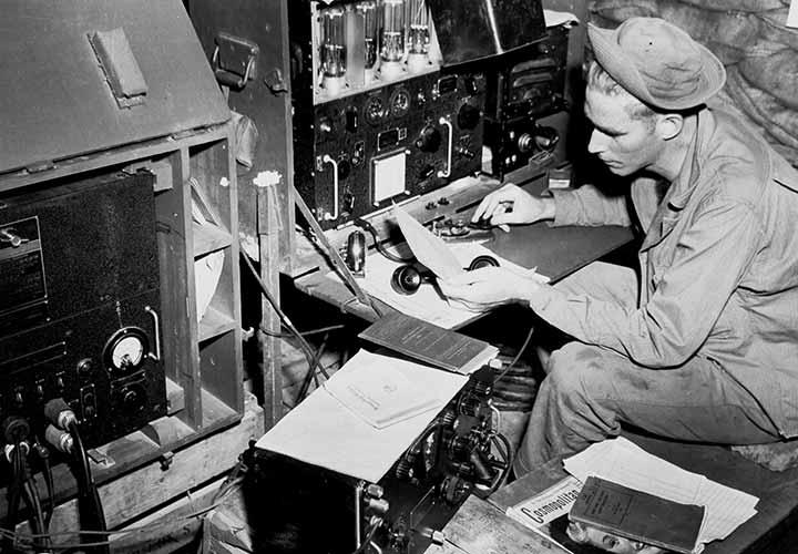نوآوریهای نظامی و رادیویی در دره سیلیکون