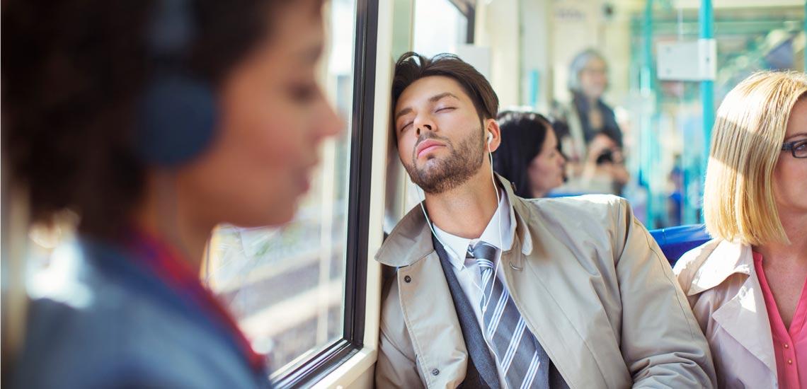 علت خواب آلودگی در طول روز چیست