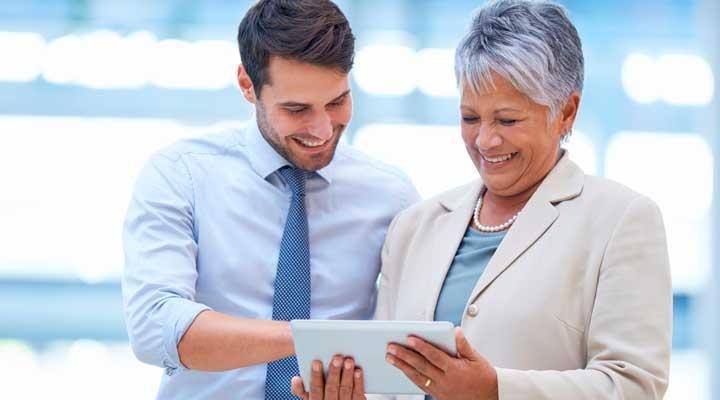 یکی از عوامل موفقیت آمیز بودن تکنیک های فروش این است که مشتری را در شرایط آسایش قرار دهید