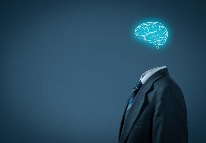 شخصیت قوی تکانههای خود را با فکر کنترل میکند.