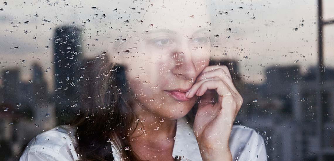 اضطراب چیست؛ با نشانههای اضطراب و راههای درمان آن آشنا شوید