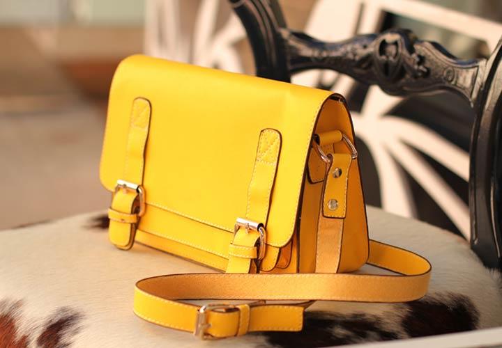 کیف زرد ـ طرز لباس پوشیدن
