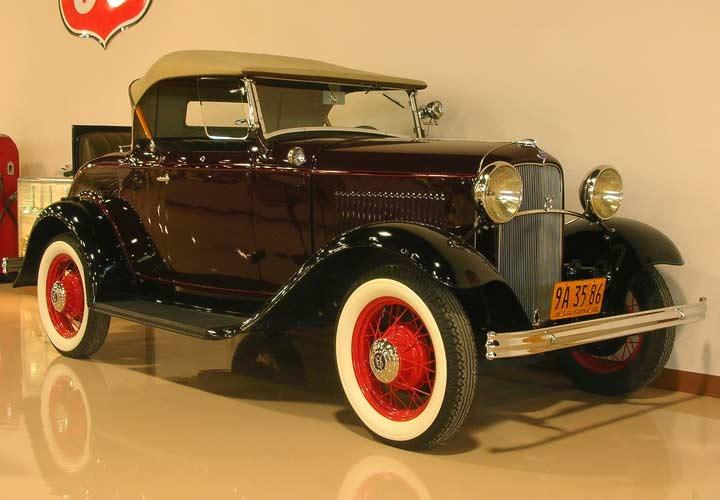 زندگی هنری فورد - خودروی ۸ سیلندر مدل ۱۹۳۲ فورد