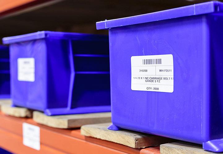 جلوگیری از اریختن اشیا از فعالیتهای مربوط به ایمنی و بهداشت محیط کار است