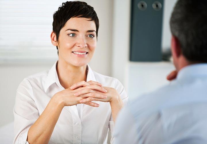 افراد با اعتماد به نفس شنوندهی خوبی هستند.