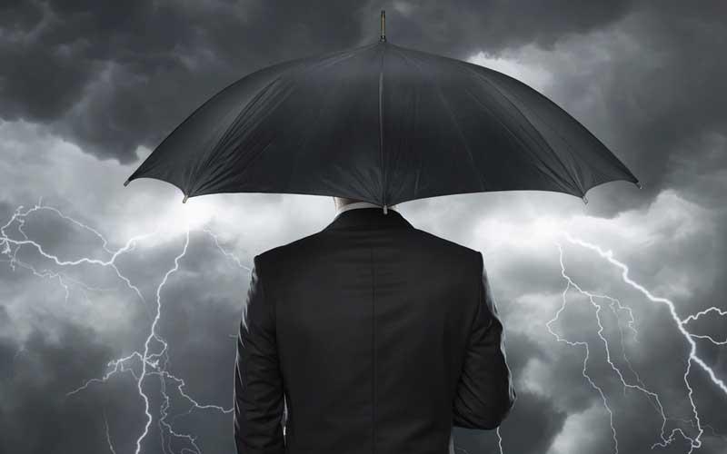 انسانهای موفق در شرایط بحرانی استوار هستند