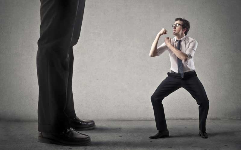 رقابتطلبیِ انسانهای موفق