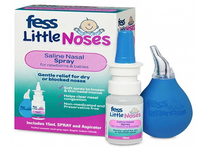 سرماخوردگی کودکان - اسپری نمکی بینی به عنوان تميزكننده، مرطوبكننده و روانکنندهی بيني مورد استفاده قرار میگیرد