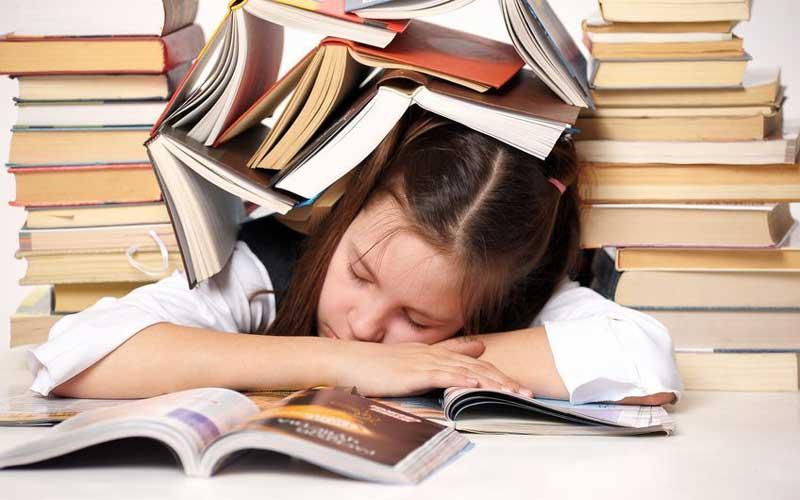 شب امتحان خواب کافی داشته باشید