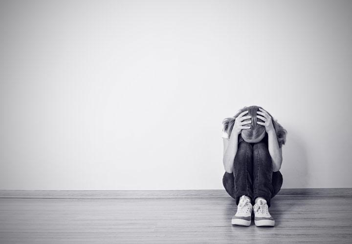 افسردگی از نشانههای فرسودگی شغلی است