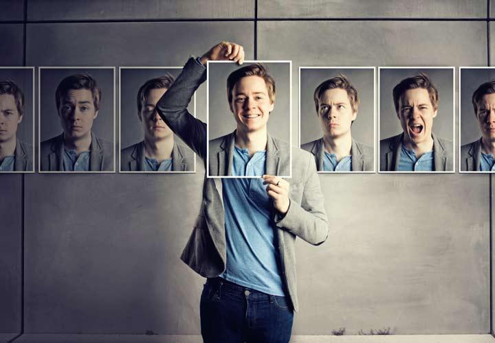 افکار مسمومی که افراد موفق از آنها پرهیز میکنند - هوش هیجانی در موقثیت شغلی بسیار مؤثر است