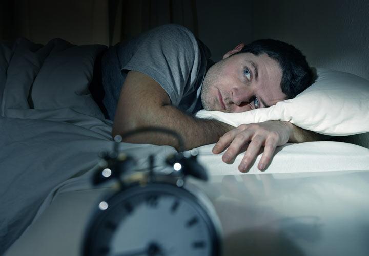 بیخوابی از نشانههای فرسودگی شغلی است