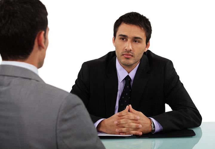 سوالات مصاحبه استخدامی - پرسش در مورد حقوق درخواستی ترفندی از مصاحبهکننده