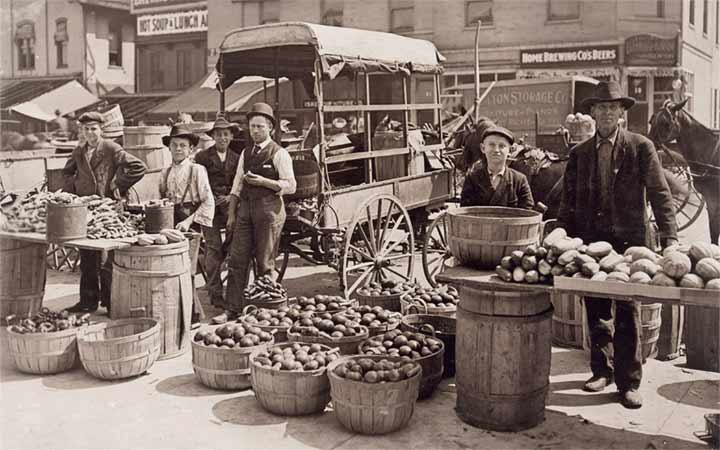 بازارچه قدیمی - تاریخچه بازاریابی