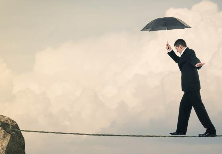تصمیم گیری در مدیریت - تمام ریسکهای تصمیمتان را در نظر بگیرید