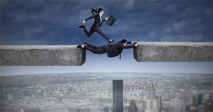خطر و اعتماد- تفاوت رهبر و مدیر