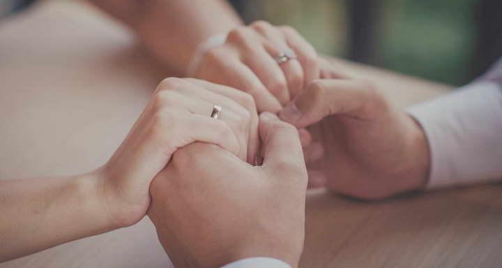 برای اینکه شوهر خوبی باشید عشق تان را به همسرتان نشان دهید