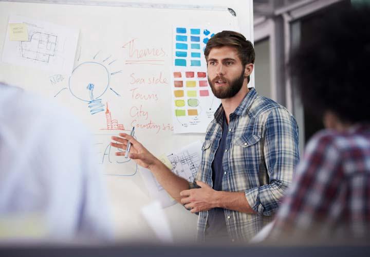 با آموزش و افزایش مهارتها شانس پیشرفت شغلی خود را افزایش دهید