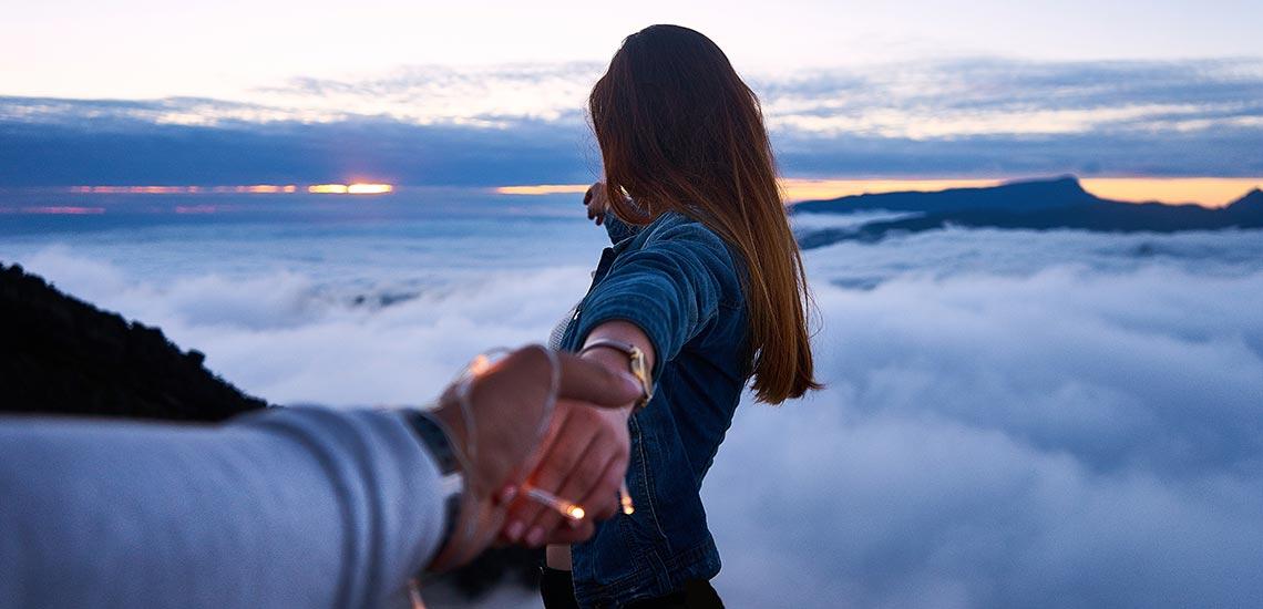 راههای جلب اعتماد همسر؛ چه کار کنیم تا همسرمان چشم بسته اعتماد کند؟