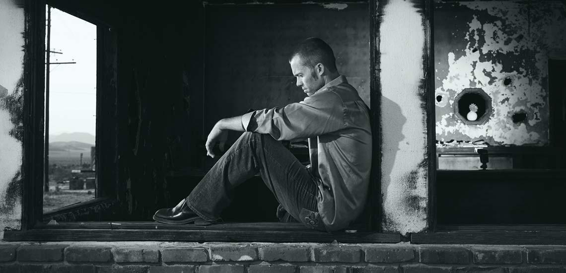 چگونه به فرد افسرده کمک کنیم؟
