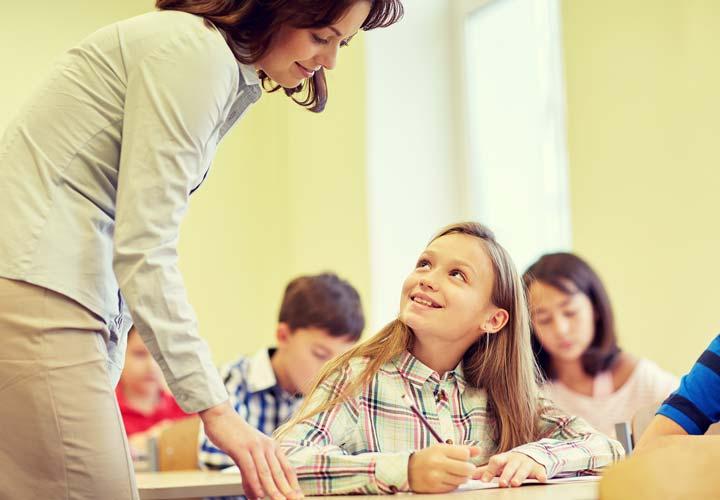 با ورود کودکان به مدرسه اهمیت هوش کلامی افزایش مییابد