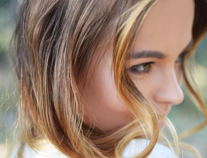تاثیر سرکه سیب بر زیبایی و درخشندگی مو