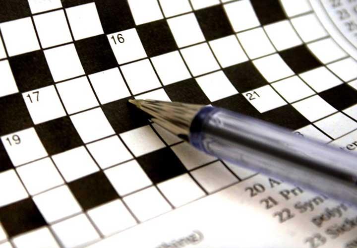 بازی با کلمات و جدول کلمات متقاطع راهی برای تقویت هوش کلامی است