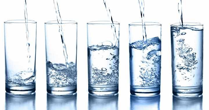 نوشیدن آب بعد از بیدار شدن از خواب چه فوایدی دارد؟