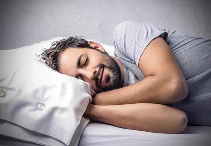 راز سلامتی - خواب کافی باعث سلامتی و بهبود عملکرد فرد میشود.