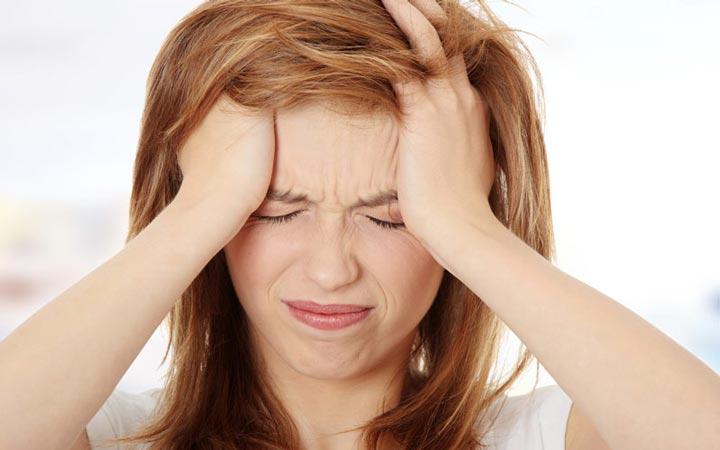 علائم استرس - سردرد
