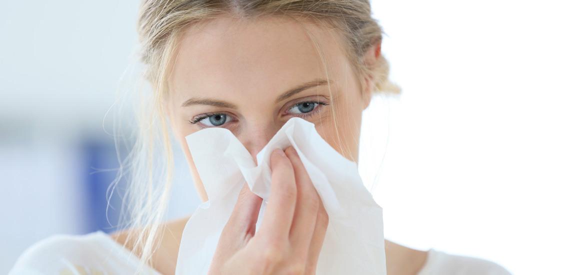 درمان آبریزش بینی؛ ۱۰ روش که شما را از شر دستمال خلاص میکند