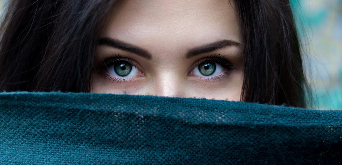 رمزگشایی در ارتباط چشمی؛ 7 حقیقت جذاب درباره معانی مختلف نگاه کردن