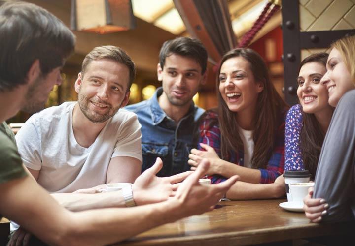 تعامل با دوستان برای پر کردن اوقات فراغت