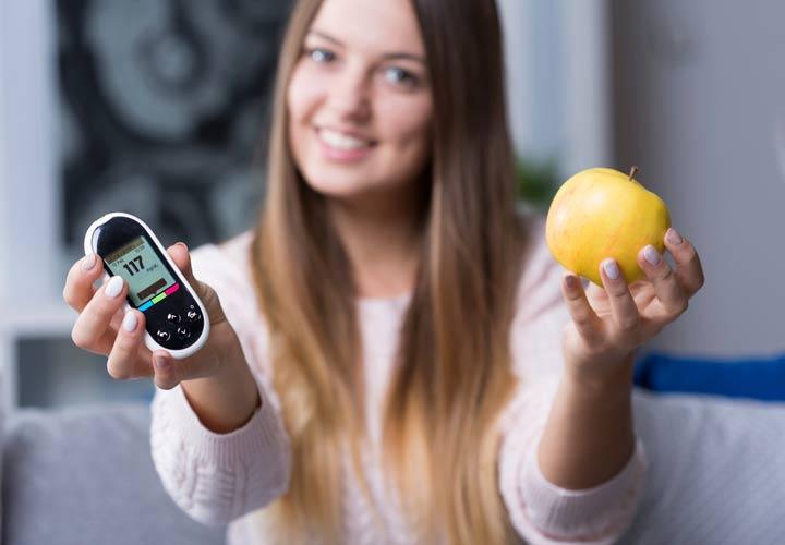 خواص سیب - سیب در کنترل دیابت موثر است.
