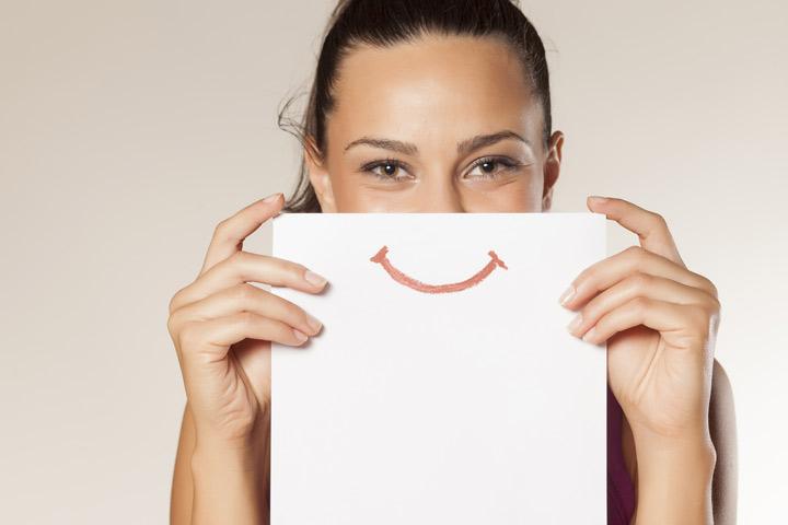 انجام روزی یک کار برای ایجاد لبخند بر روی لبتان، اعتماد به نفس را بالا میبرد.