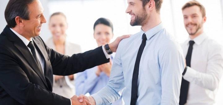 ۱۰ نکته برای ارزیابی عملکرد کارکنان - حمایت از کارکنان