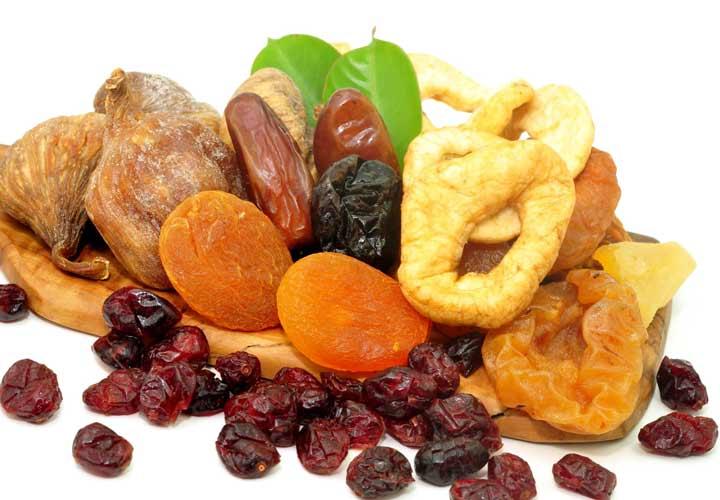 رژیم چاقی - میوه خشک به افزایش وزن کمک می کند.