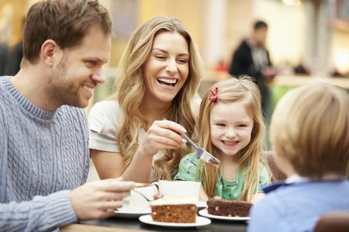 غذا خوردن با خانواده - مقابله با استرس