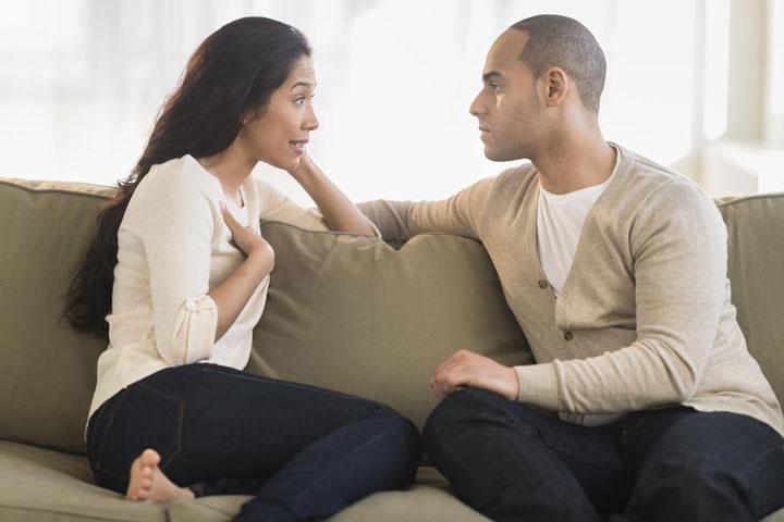 برای درمان پرحرفی سعی منید شنونده خوبی باشید