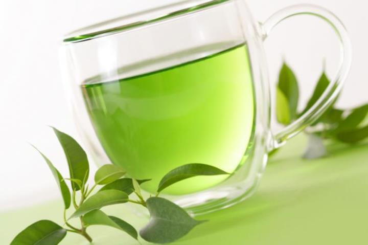 تاثیر چای سبز در درمان آکنه