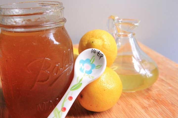 شربت عسل و لیمو برای درمان سرفه