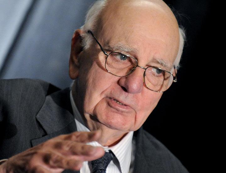 پائول ولکر رییس بانک مرکزی آمریکا در دوران رکود تورمی