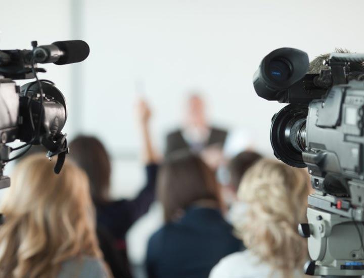 سوار شدن بر موج رسانه - روابط عمومی چیست