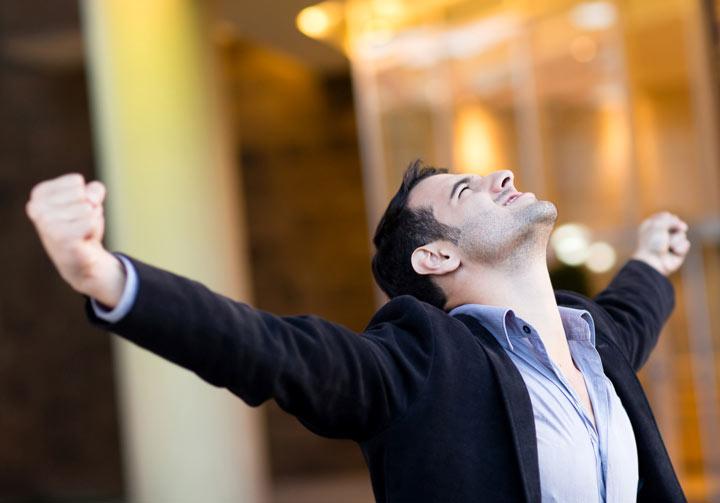 به یاد آوردن موفقیتها و دستاوردهای گذشته، باعث بالا رفتن اعتماد به نفس میشود.
