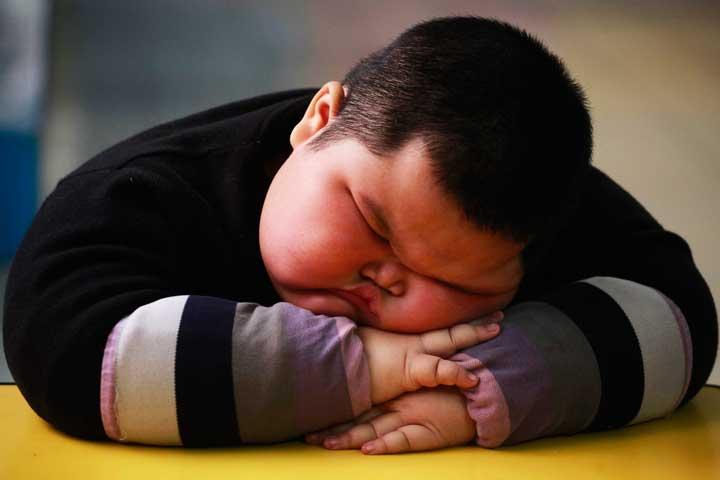 علت چاقی کودکان