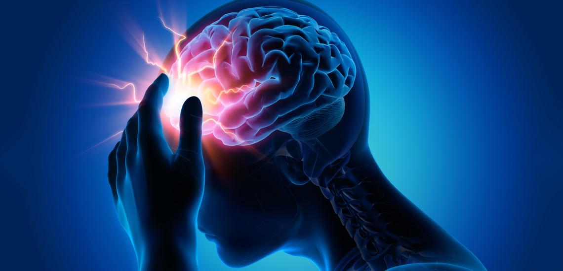 علائم سکته مغزی چیست و چگونه میتوان به فرد آسیبدیده کمک کرد؟