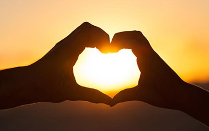 هدف از زندگی دوست داشتن حقیقی است