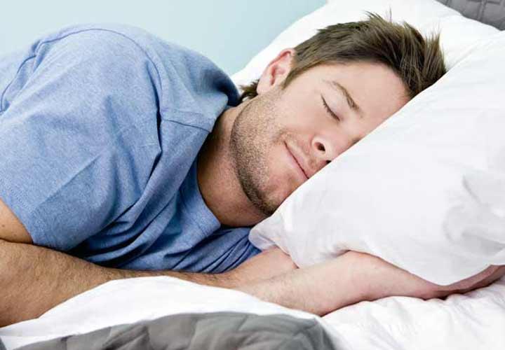 خواب کافی - از بین بردن پف زیر چشم