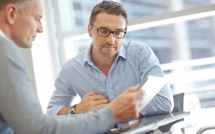 نحوه برخورد در محیط کار - از سوال کردن خجالت نکشید