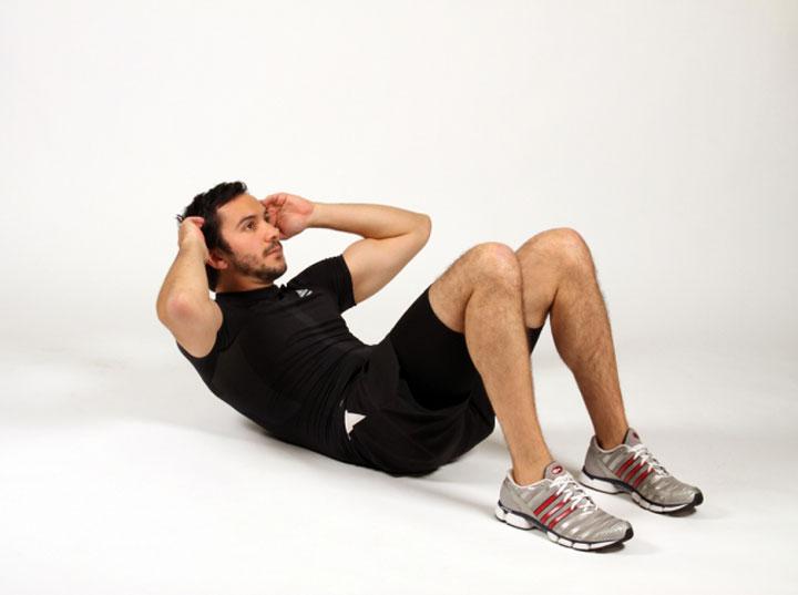 تقویت عضلات شکم برای داشتن شکم شش تکه